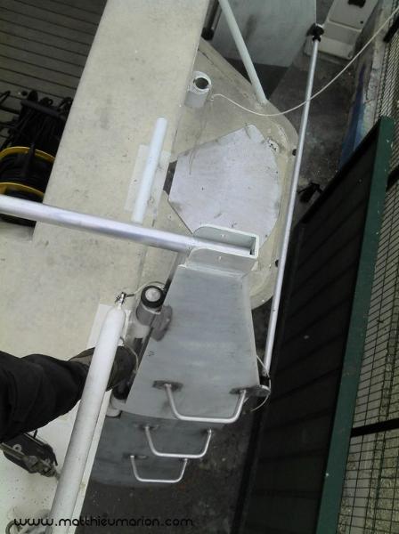 2012-02-12-12-10-07-860-copier